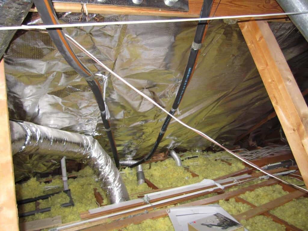 Best install method atticfoil radiant barrier do it yourself you will see other websites and many professional installers declare that laying the foil out over the existing insulation is best solutioingenieria Images